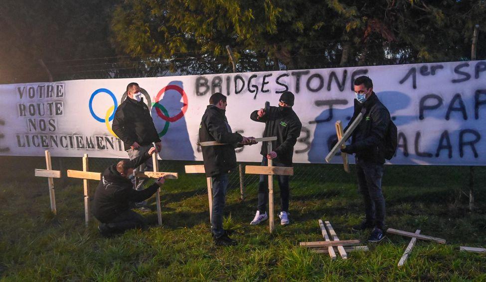A Béthune, les Bridgestone en grève contre une «trahison»